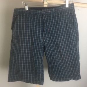 Element plaid shorts 100% cotton.     34